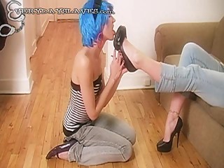Submisive girl slave worship mistress high heel
