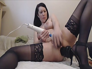 milf squirting from double penetration.