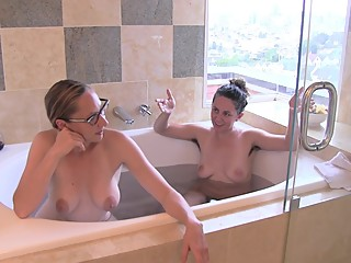 NaughtyNatural.com Behind the Scenes Nude Bath Chat with Maggie Mayhem
