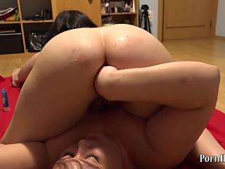 bbw lesbian cunnilingus and anal fisting