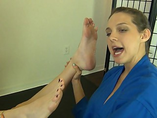 Evil karate bitch steals fit babe's power through her sexy feet