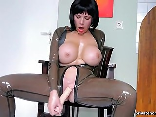 solo at her home #bizarrelatexproductions