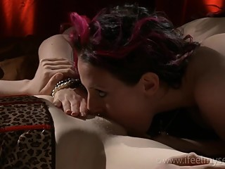 Angela & Strawberry - Kissing Teasing Licking & Cumming