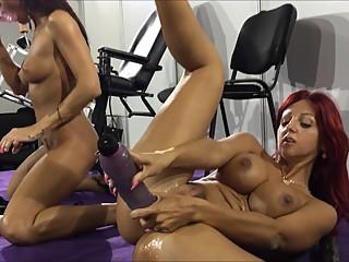 Venus Berlin XXX Lesbian Show Part 2