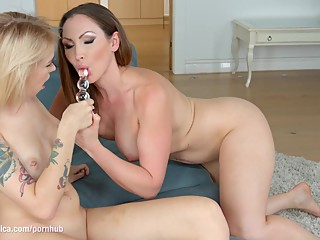 Chat with me by Sapphic Erotica - sensual erotic lesbian porn with Arteya a