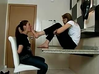 Lesbian Footslave