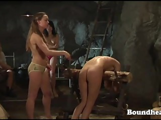 New naked slave to look at