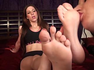 Italian Princess Foot Worship