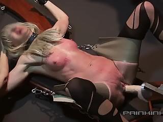 Fucking machine riding-crop 4