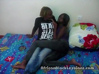2 Hot African babes go wild in homemade