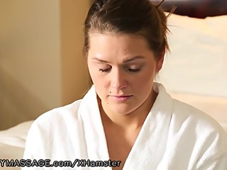 Curvy Alison Tyler gives Lesbian Nuru Massage