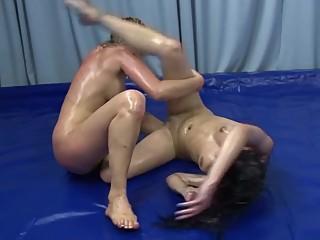 Anastasia vs Zamira (Fingering)