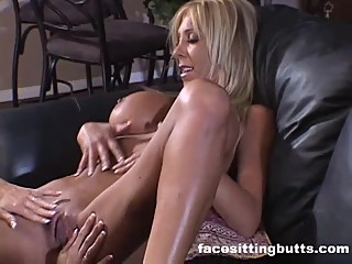 Blonde matures can't get enough of each other