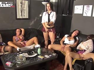 FUN MOVIES German lesbian amateur clitoris stimulation class