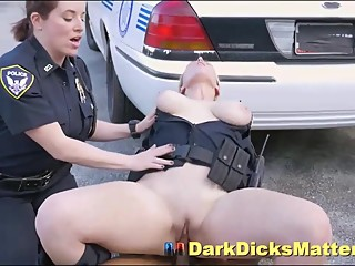 Slutty Policewoman Maggie Green Sucking Suspect With Big Black Weapon