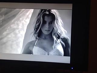 Sexy Victoria's Secret video,enjoy
