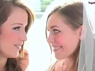 (lesbian) girl kisses a girl SUPER HOT Lesbian girls compilation