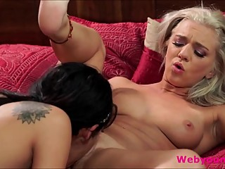 Soccer star Yhivi and Zoe Parkers passionate lesbian sex