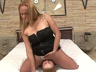 Drika's First Lesbian Session