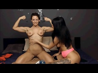 Susie_Kathy Lesbian Muscle Oil Show